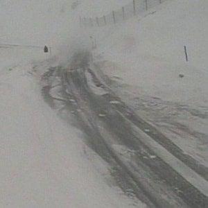 Cuneo: bufera di neve, chiuso il colle della Maddalena