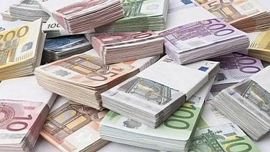 """Torino, il ricatto dell'amante: """"Paga tre milioni o tuo marito saprà tutto di noi"""""""
