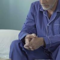 Torino, i vigili salvano un uomo da due settimane a letto: non riusciva