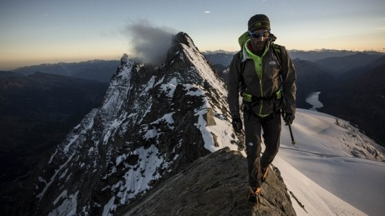 Torino, l'alpinista Barmasse sale in cattedra (di neurochirurgia)