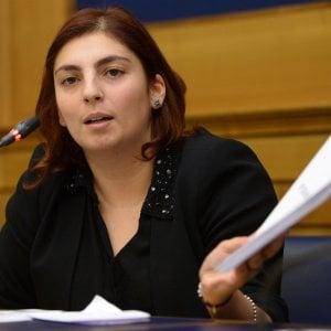 Diffamazione su internet, il gip di Torino ordina il processo contro la grillina Castelli