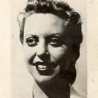 La storia per immagini di Eva, la ragazza che portò un violino ad Auschwitz