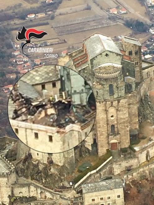 Val Susa: in volo sopra la Sacra di San Michele, ecco i danni causati dall'incendio