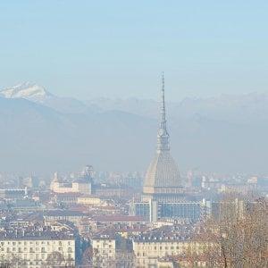 Smog, nuova proposta di Torino: limiti più severi e niente stop totali