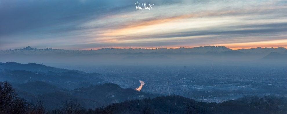 Torino, in 10 minuti tutto un altro cielo