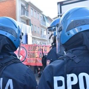 Tensione e qualche scontro al corteo antifascista di corso Cincinnato