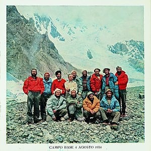 Foto, scarponi e piumini d'epoca all'asta i tesori della scalata al K2