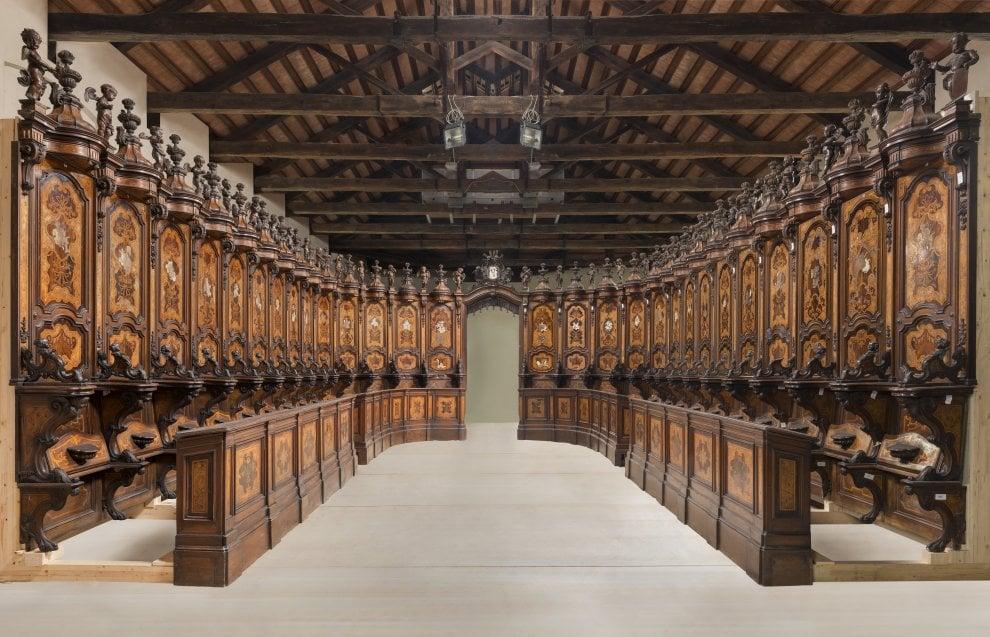Un tesoro di legno: ecco il coro di Prunotto restaurato al centro di Venaria