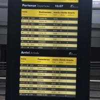 Un guasto al sistema elettronico manda in tilt Porta Nuova: treni in forte