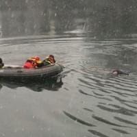Torino, donna recuperata dalle acque gelide del Po. E' grave