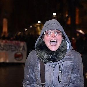 Torino, indagata la maestra che ha augurato la morte ai poliziotti