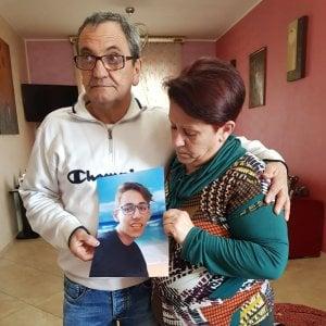 """Torino, la mamma denuncia: """"Mio figlio si è gettato dal ponte per colpa dei bulli"""""""