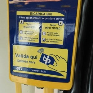 Torino, Gtt, le nuove tariffe: da luglio il biglietto del bus aumenta da 1,5 a 1,7 euro