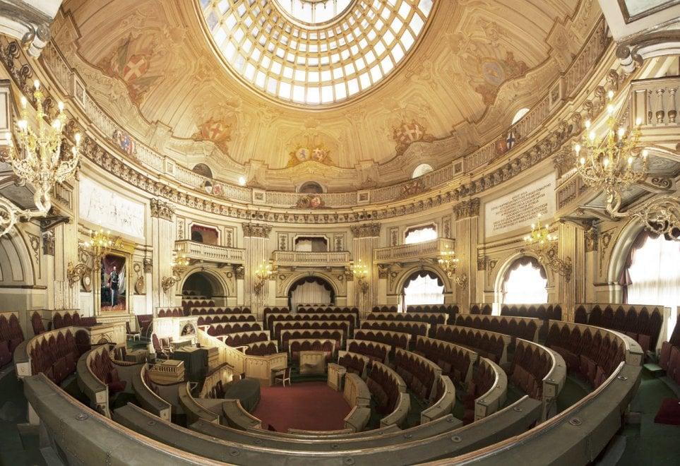 Due passi nella storia riapre a torino nel weekend l 39 aula for Dove si riunisce il parlamento italiano