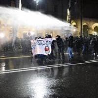 Torino, fermi e perquisizioni per gli scontri nella manifestazione contro
