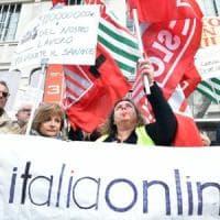 Chiamparino e la sindaca da Calenda con i lavoratori Italiaonline