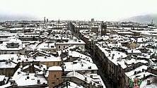 Cuneo, risveglio sotto la neve nel primo giorno di primavera