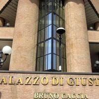 Torino, commercialista accusato di truffa si toglie la vita