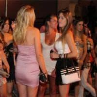 Torino, squillo a 17 anni nei night club per comprarsi borse griffate