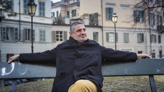 """Torino, la storia di Roberto: """"Quando dormivo sulle panchine sognavo una casa popolare"""""""