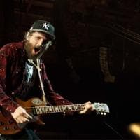 Jovanotti a Torino, due ore e mezza di show al Pala Alpitour