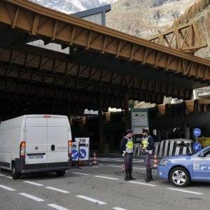 Bloccato al traforo del Monte Bianco un furgone, a bordo  due chili di tritolo