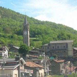 Aosta, si finge medico per raggirare il parroco: truffa da 1.300 euro
