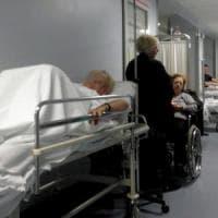 Torino: da domenica 81enne con alzheimer e polmonite in barella al pronto soccorso del Martini