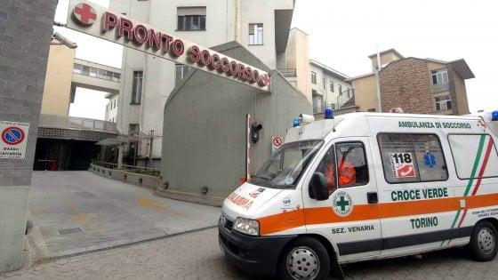 """Torino, assegna """"codice verde"""" a una paziente che poco dopo si suicida: infermiera a processo"""
