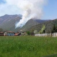Valsusa, incendio sul monte Musiné: boschi minacciati dalle fiamme