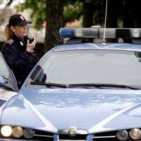 Torino, anziana muore in casa: il cadavere trovato dopo un mese per l'allarme