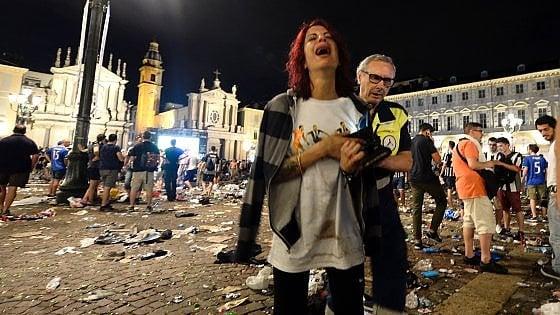 Caos in piazza San Carlo |  da Appendino tanti  non so  e la colpa all' ex braccio