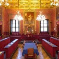 Una delibera in Comune apprezza Torino 2006 e il M5s torna a dividersi