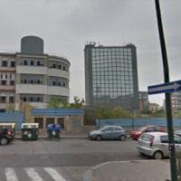 Torino, nove ragazzini salgono su tetto dell'ex stabilimento Lancia per farsi i selfie:...
