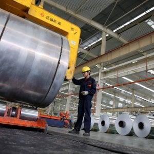 Vercelli, operaio denuncia la scarsa sicurezza in fabbrica e viene licenziato