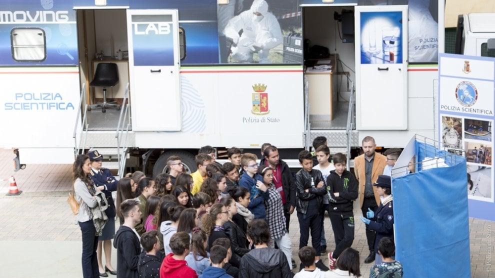 """Presentato a Cuneo """"Il mio diario"""", l'agenda scolastica che educa alla legalità"""