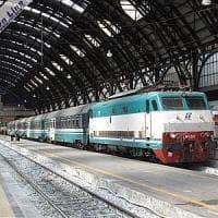 Altro incidente ferroviario in Piemonte : un eurocity bloccato sulla strada