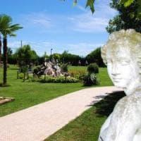 Coppia sequestrata per due ore, legata e rapinata in un agriturismo dell'Astigiano