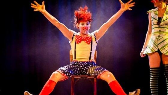 Artur, via da casa a 15 anni per fare l'acrobata: il suo obiettivo, il Cirque du Soleil