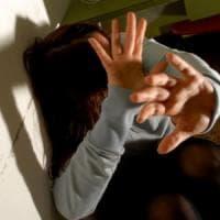 Torino, picchia la moglie perché voleva uscire dopo il tramonto: arrestato