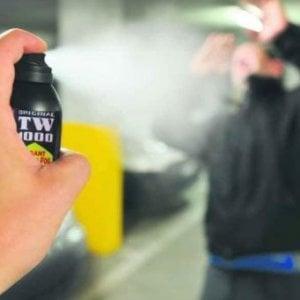 Panico sul tram 4 per lo spray al peperoncino spruzzato tra i fan che vanno al concerto di Vasco
