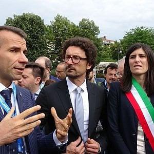 """Torino, il ministro Toninelli: """"Torino-Lione? Decideremo conti alla mano fra qualche settimana"""""""