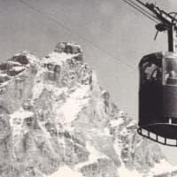 Val d'Aosta, il giallo dello sciatore restituito dal ghiacciaio dopo 60