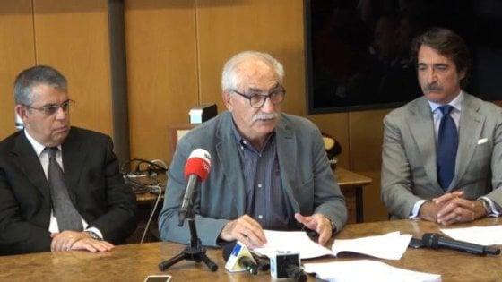 """Torino, il procuratore Spataro: """"Stretta contro l'odio razziale, non si può vietare l'attracco a un barcone"""""""