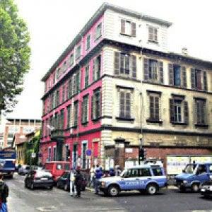 Torino: blitz della polizia al centro sociale Askatasuna, 19 antagonisti nei guai