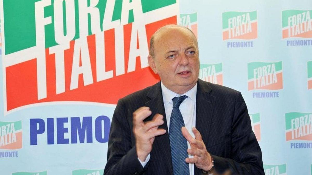 Forza italia serve un piano speciale per torino come a for Forza italia deputati