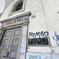 Torino, escalation di scritte .Via Po deturpata dai vandali