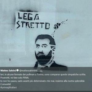 """Salvini: """"A Torino mie immagini col cappio, mi fate pena"""""""