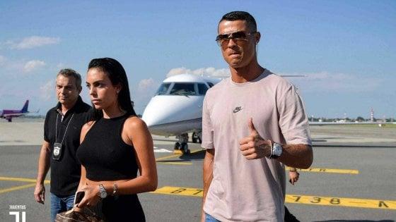 Cristiano Ronaldo è atterrato a Torino durante la finale dei mondiali