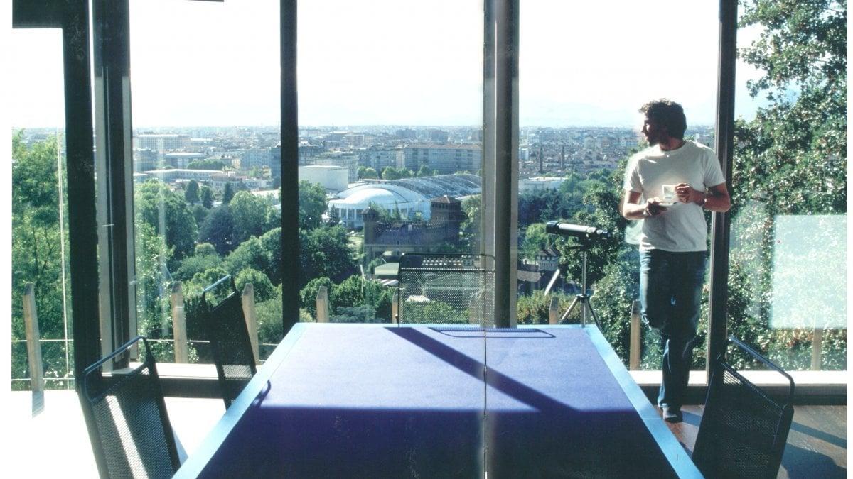 Cristiano ronaldo mette nel mirino la villa di alex del for Casa moderna a torino